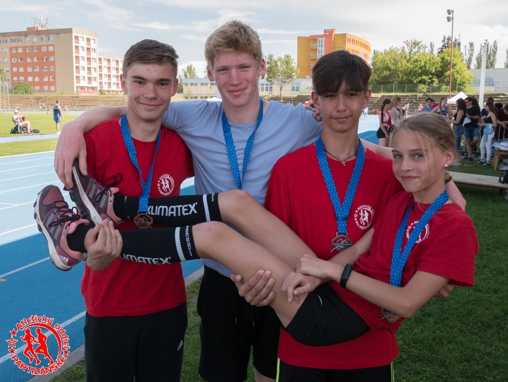Medailisti: Marko, Jakub, Filip, Sára